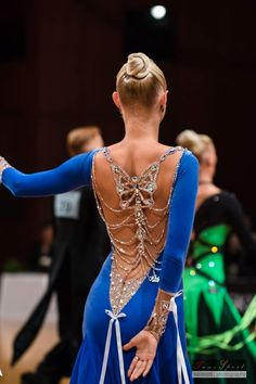 Ballroom Dance Hair, Latin Ballroom Dresses, Latin Dresses, Dancer Hairstyles, Dress Hairstyles, Open Dress, Salsa Dress, Dance Fashion, Dance Outfits