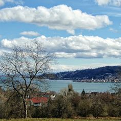 The Lake Constance yestetday, seen from Höri Peninsula.  Happy week!    #bodenseepage  #erlebnisnatur #meinuntersee #bodenseepic #clouds #skyporn  #awesomeshots #photooftheday #landscapes #LakeConstance #LagoDeConstanza #Bodensee #Untersee  #Germany #Alemania#Deutschland  #kodakpixpro #kodak_photo #AZ362