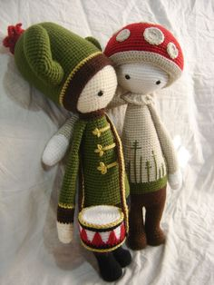 CARL the cactus and PAUL the toadstool made by Mariana S.A. / crochet patterny by lalylala