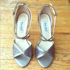 """Size 39 Comme Il Faut Fashion/Tango dancing shoes. Comme il Faut fashion/tango dancing shoes. Designed for dancing and movement but also stylish. 3"""" stiletto chrome heel, silver patent leather trim, multi/glitter woven base. Generous size 39/fits American size 9.5/10. Comme il Faut Shoes Heels"""