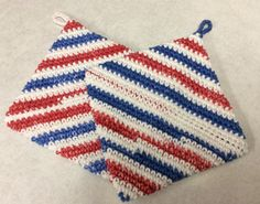 Double thick cotton pot holder set red white by Yarnhotoffthehook