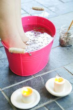 DIY: skin softening floral foot soak