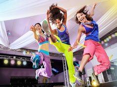 Heiße Rythmen und schweißtreibende Bewegungen  Ab sofort gibt es im TanzHaus emotion den Trend aus Amerika. Z U M B A. Zumba ist eine Art Latin Workout auf heiße Latino-Rhythmen und schweißtreibende Moves und Kombinationen. Eine Mischung aus Dance Aerobic, Latino Tänzen, Lady and Men Styling, Fitness und RIESEN Party.