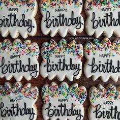 Sugar Cookie Royal Icing, Chewy Sugar Cookies, Cookie Icing, Iced Cookies, Cookies Et Biscuits, Fancy Cookies, Cute Cookies, Easter Cookies, Cupcake Cookies