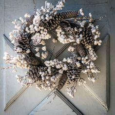 CHRISTMAS Wreath Snow Crown Fir Pine Cones WALL or Door HANGING Centerpiece Traditional Style Christmas Party Decoration Material Christmas Flowers, Christmas Mood, Noel Christmas, Christmas Crafts For Kids, Christmas Wreaths, Hanging Centerpiece, Centerpieces, Christmas Party Decorations, Holiday Decor