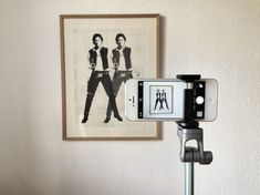 Lollipod iPhone Camera Stand Is So Light And Useful You'll Want To Take It Everywhere [Review]