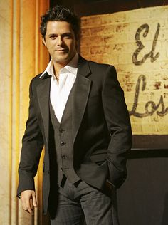 Alejandro Sanz.  He's not just sexy, but he also has a sexy voice.