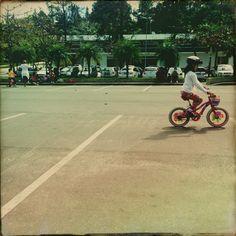 Muitos escolhem a bicicleta por considerá-la 'saudável'.