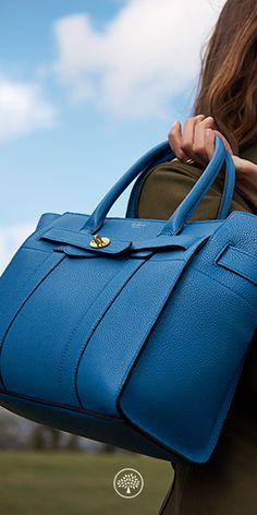 Shop the Zipped Bayswater at Mulberry.com. The Bayswater is our most iconic bag, and its eponymous collection includes new styles inspired by the original. The Small Zipped Bayswater is the perfect option for those who like a zipped closure. Using the same construction as a Bayswater, this new style plays with the detail - deconstructing the front by removing the flap and using the iconic postman's lock to secure two belted straps.