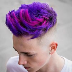 We've gathered our favorite ideas for 29 Coolest Mens Hair Color Ideas In Explore our list of popular images of 29 Coolest Mens Hair Color Ideas In 2019 in men purple hair color. Mens Hair Colour, Hair Color Purple, Hair Dye Colors, Cool Hair Color, Men Purple Hair, Pink Hair, Hair Color Highlights, Hair Color Balayage, Ombre Rose Gold
