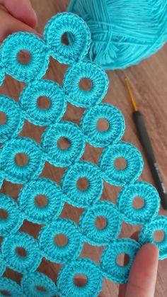 Granny Square Crochet Pattern, Afghan Crochet Patterns, Crochet Motif, Crochet Yarn, Free Crochet, Crochet Stitches Free, Crochet Granny, Crochet Shawl, Easy Crochet