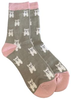 Ladies pale khaki green and pink coloured socks with a cute Westie pattern.  £7.95 with FREE UK Delivery.  Excellent quality, soft and stretchy bamboo / Cotton blend fabric ( 54% Bamboo, 22% Cotton, 16% Polyester, 6% Nylon, 2% Elastane )  One size ( Ladies UK Shoe size 4 - 7 ) Prom Accessories, Bamboo Socks, Cat Scarf, West Highland Terrier, Pink Dog, Colorful Socks, Khaki Green, Westies, Free Uk