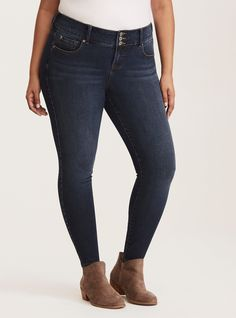 8683d15b2db Torrid Premium Ultimate Stretch Jeggings - Dark Wash with Fading