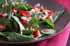 Michelle's Healthy Bites: Strawberry, Goat Cheese, and Walnut Salad