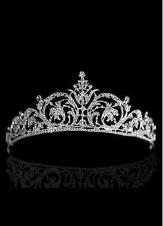 Buy discount In Stock Elegant Alloy & Rhinestones Tiara at Dressilyme.com