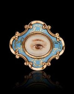 A Victorian Enamel Memorial Brooch, circa The scrolled strapwork cartouche… Victorian Jewelry, Antique Jewelry, Vintage Jewelry, Eye Jewelry, Enamel Jewelry, Memento Mori, La Danse Macabre, Lovers Eyes, Miniature Portraits