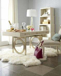 The home office is a functional space that should be well organized and adaptable to different activities. But just because a home office is designed Home Office Space, Home Office Design, Home Office Decor, Office Furniture, Office Desk, Desk Space, Office Spaces, Office Lounge, Office Chic