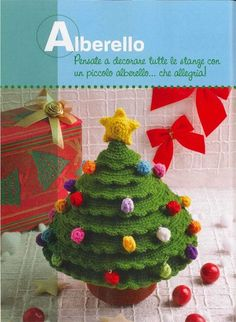 * free pattern in Italian: Christmas tree crochet