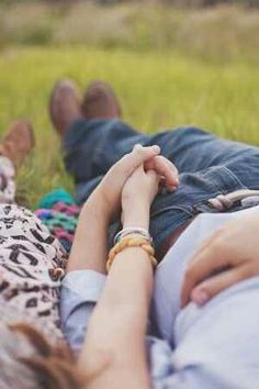 37 Must Try Cute Couple Photo Poses - Romantic.