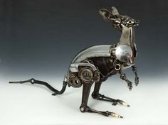Kangaroo by James Corbett, car parts sculptor Kangaroo Craft, Car Part Art, Steampunk Animals, Scrap Car, Metal Art Projects, Scrap Metal Art, Australian Artists, Recycled Art, Car Parts