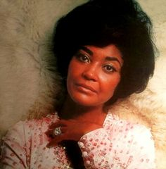 "Nancy Wilson Jazz Singer ""fly me to the Moon"""