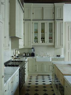 Kitchen made to measure designed and produced by Baden-Baden  Cuisine sur mesure dessinée et produite par Baden Baden Bruxelles