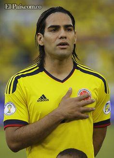 World Football, Soccer World, Football Soccer, Carlos Valderrama, My Passion, Football Players, Baseball Cards, People, Santa Marta