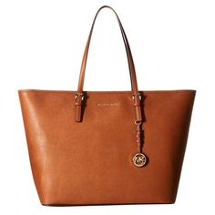 Pre-Owned Nwt Michael Michael Kors Jet Set Travel Extra Large Tz... ($315) ❤ liked on Polyvore featuring bags, handbags, tote bags, brown, travel purse, tote handbags, zip tote, brown purse and handbags totes