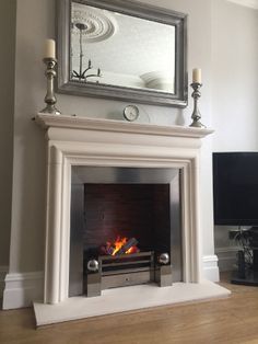 Latest free limestone fireplace surrounds thoughts 360 × 480 cozy rooms that make you a homebodyWith linen sofas that invite you Mirror Above Fireplace, Fireplace Shelves, Limestone Fireplace, Fireplace Surrounds, Fireplace Design, Fireplace Mantels, Fireplaces, Fireplace Decorations, Mantle