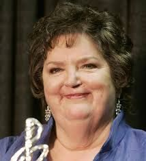 Rita MacNeil - May 28, 1944 - April 16, 2013  singer-songwriter from Big Pond, Cape Breton, Nova Scotia.  Another one that was so proud of her Canadian heritage.  R.I.P.