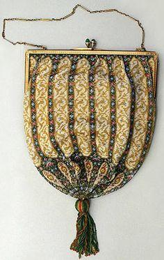 Tiffany & Co - Art Déco - Aumonière de Soirée - Micro Perles - Cadre Or et Fermoir émeraude - Vers 1920