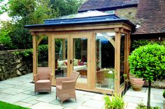 Julius Bahn specialises in building the finest oak-framed orangeries, perfect for both traditional and contemporary, kitchen and home extensions. Orangery Extension, Cottage Extension, Rear Extension, Extension Ideas, Garden Room Extensions, House Extensions, Kitchen Extensions, Country Cottage Interiors, Old Cottage