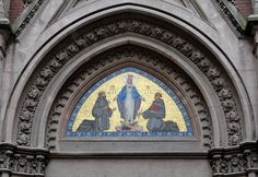 Above the portal of the Church of Saint Anthony inBeyoğlu, Istanbul: Saints Francis and Anthony before the Blessed Virgin.