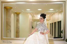 #rehansiddiquephotography #arfafazaldin #photoshoot #wedding #weddingideas #weddinginspiration #photooftheday #picoftheday #zukreat #mua #sephora #hudabeauty #muslimwedding #hijabfashion #almaidah #almaidahbanquethall #bride #bridalfashion #indianbride #manchester #london by al_maidah