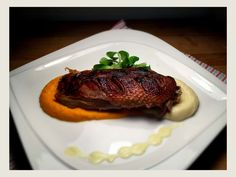 Rata la cuptor cu piure de morcovi si pastarnac Steak, Beef, Recipes, Food, Meat, Recipies, Essen, Steaks, Meals