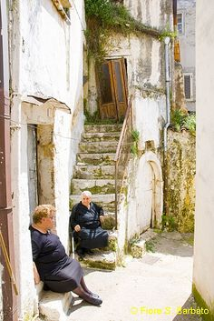 Cagnano Varano, Foggia Italy.  Love the OLD architecture and the people!
