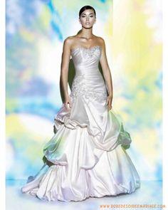 Bustier en taffetas avec broderie créateur robe de mariée à Rouen