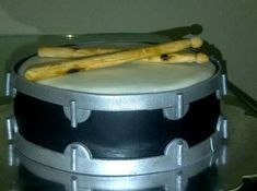 I was excited to make a Drum Cake for a drummer for the first time. The sticks ar . Drum Birthday Cakes, Music Theme Birthday, Drum Cake, Music Cakes, Funfetti Cake, Boy Decor, Themed Cupcakes, Cakes For Boys, Cake Decorating