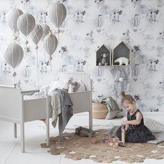 Mrs Mighetto wallpaper Oh Clouds DIY air ballon