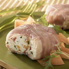 timbales fraîcheur de fromage frais  jus de citron : 1 cuillère(s) à soupe yaourt(s) brassé(s) à 0% : 1 poivron(s) jaune(s) : 1 tomate(s) : 2 jambon cru dégraissé : 4 tranche(s) Carré Frais 0% Ail & Fines Herbes : 200 g