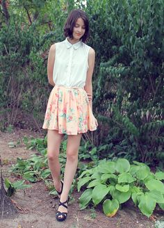 Shop this look on Kaleidoscope (top, skirt, wedges)  http://kalei.do/WECszP9ULdM63yMB