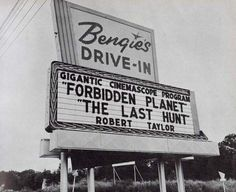 Bengie's Drive-In Theatre opened on June 1956 in the Baltimore area. Although there have been a few other drive-in theaters in Maryland over the decades, Bengie's is now the last one active. Drive Inn Movies, Drive In Movie Theater, Vintage Ads, Vintage Photos, Vintage Signs, Vintage Photographs, Vintage Horror, The Last Hunt, Nostalgic Images