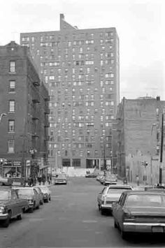 Folin St. and Tiebout Avenue Bronx in the 1970's. The photo was taken at the intersection on East 181 Street and Valentine Avenue looking east towards Tiebout Avenue.