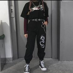 Tomboy Outfits, Teen Fashion Outfits, Retro Outfits, Cute Casual Outfits, Boho Outfits, Black Outfits, Black Outfit Grunge, Goth Girl Outfits, Black Grunge