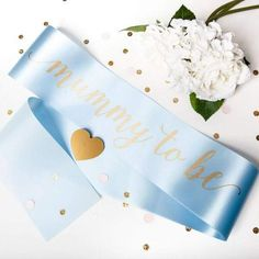 It's a boy! Blue baby shower sash for a Mom to be celebrating the gender reveal in style! Baby Shower Favours, Baby Shower Sash, Baby Shower Party Games, Gold Shower, Baby Shower Photo Booth, Baby Shower Photos, Gold Baby Showers, Baby Christening, New Mums