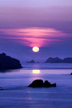 Ouessant Island sunrise, France, by Jean-Pierre Linossier, on 500px.