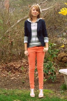 light orange skinny H&M jeans - navy fitted American Eagle blazer - silver super Blazer Outfits, Fall Outfits, Cute Outfits, Fashion Outfits, Womens Fashion, Orange Jeans, H&m Jeans, Autumn Winter Fashion, Winter Style