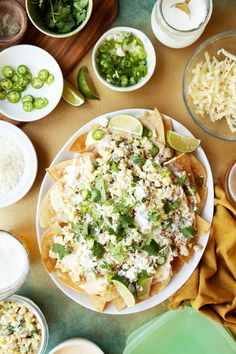 Mexican Street Corn Nachos - The Candid Appetite If you're in need of a great Labor Day or end-of-summer dish, these Mexican Street Corn Nachos are the way to go! Great Vegetarian Meals, Vegetarian Recipes, Vegetarian Appetizers, Mexican Food Recipes, Real Food Recipes, Ethnic Recipes, Clean Recipes, Dinner Recipes, Mexican Street Corn