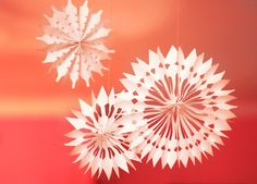 DIY easy paper snowflake decorations | How About Orange