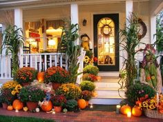 This year I want to have a prettier porch for Fall.  I have turned to Pinterest and my some of my favorite blogs for inspiration. 13 porche...